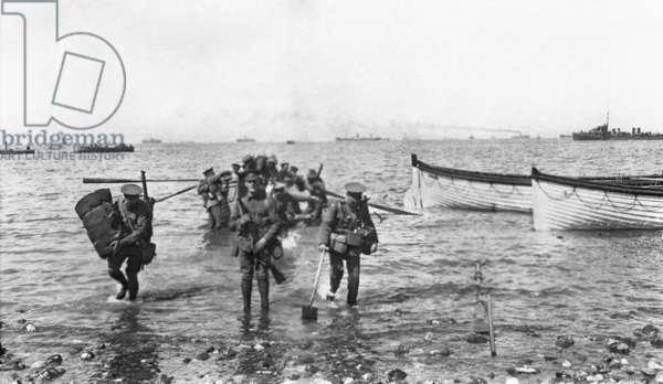 Gallipoli Peninsula, Turkey, 25 April 1915 (b/w photo)