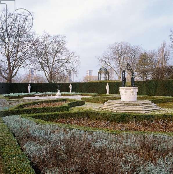 Kew Gardens, 19th Century