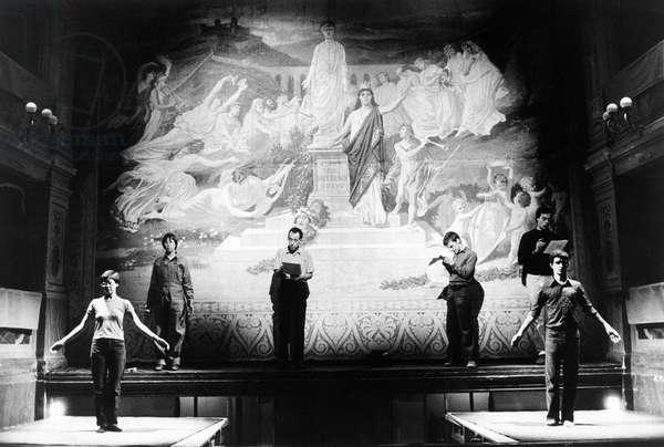 Robert Wilson's theatre company rehearsing