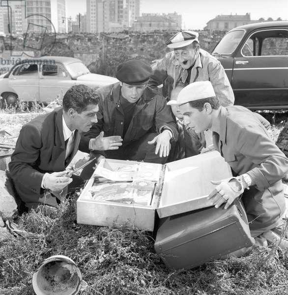 Renato Salvatori, Tiberio Murgia, Carlo Pisacane and Nino Manfredi in Fiasco in Milan (b/w photo)
