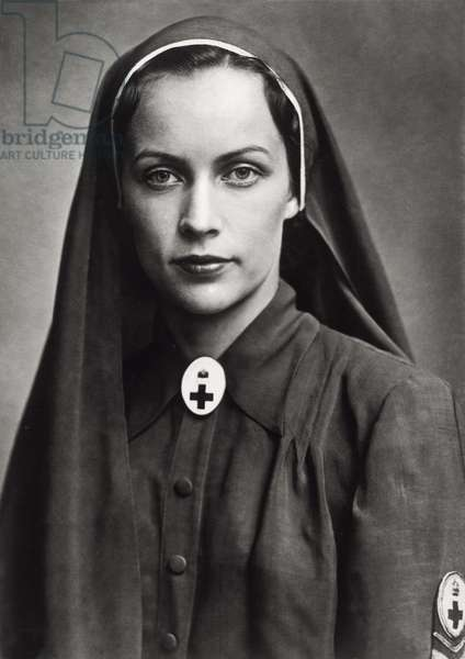 Ilona Edelsheim-Gyulai dressed up as a Red Cross nurse