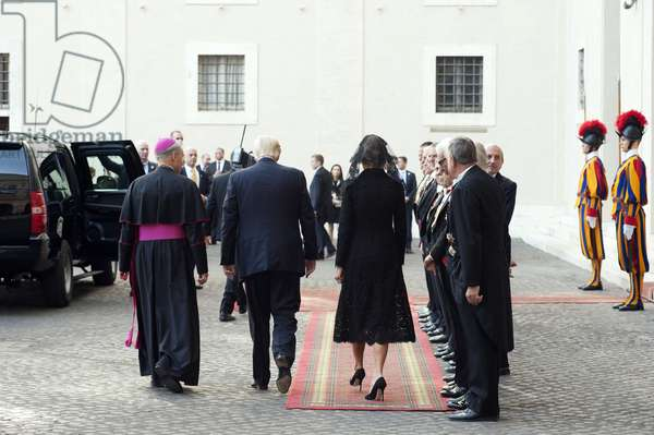 The President of United States of America Donald Trump with his wife Melania arrives at Cortile San Damaso, Vatican City, 24 maggio 2014 (photo)