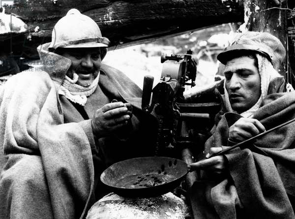 Folco Lulli and Nicola Arigliano in a scene from the movie The Great War