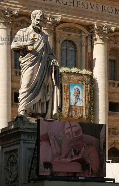 The beatification of Mother Teresa of Calcutta, Vatican, 2010 (photo)