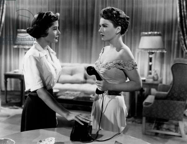 Anne Baxter and Barbara Bates in a scene from the movie 'All about Eve', 1950 (b/w photo)