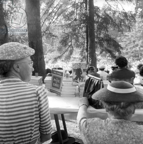 Women listening to a sermon of Billy Graham in Geneva, Geneva, Switzerland