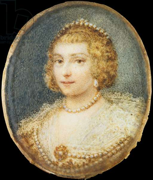 Portrait of a Dame, by Unknown French artist, 19th Century, oil on ivory, 8 x 9.5 cm