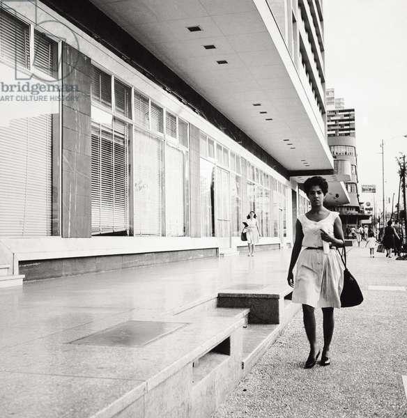 Young Cuban woman, 1964 (photo)