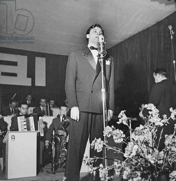 Achille Togliani at the 2nd Sanremo Music Festival, Italy, 1952 (b/w photo)
