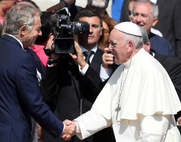 Pope Francis and Tony Blair, Holy See, 2017 (photo)
