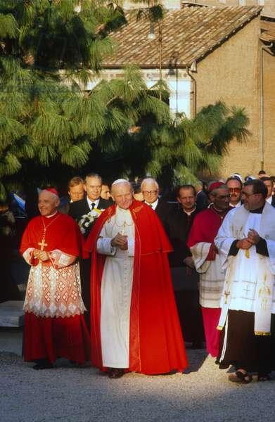 Pope John Paul II, Italy, 1990 (photo)