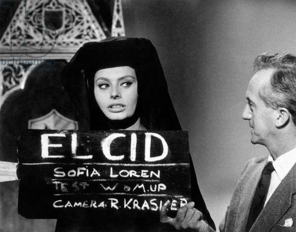 Sophia Loren during the dress rehearsal for the film El Cid , 1960 (b/w photo)