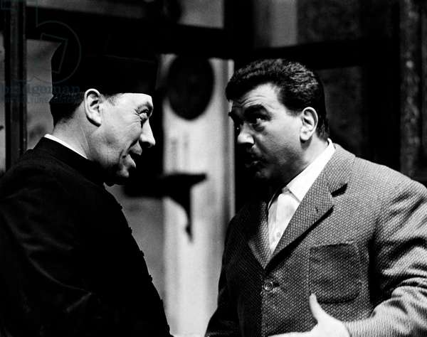 Gino Cervi and Fernandel in 'Le Petit Monde de Don Camillo', 1952 (b/w photo)