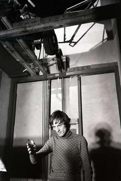 Dario Argento on the movie set of The Cat o' Nine Tails (b/w photo)
