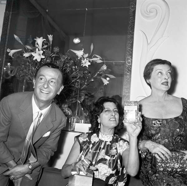 Anna Magnani and Bette Davis, Italy, 1958 (b/w photo)