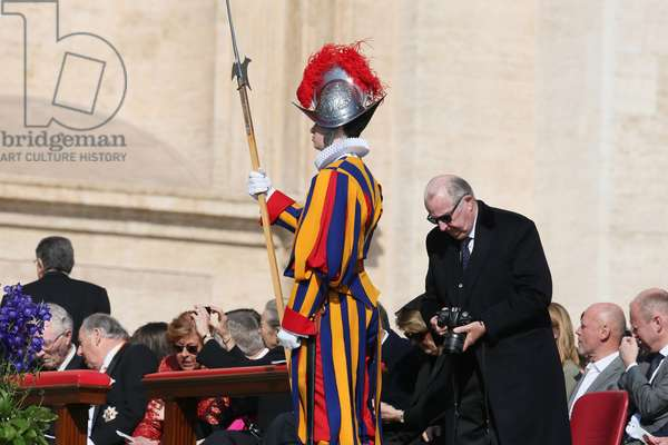 News story: the backstage of Vatican City, Vatican, 2010 (photo)