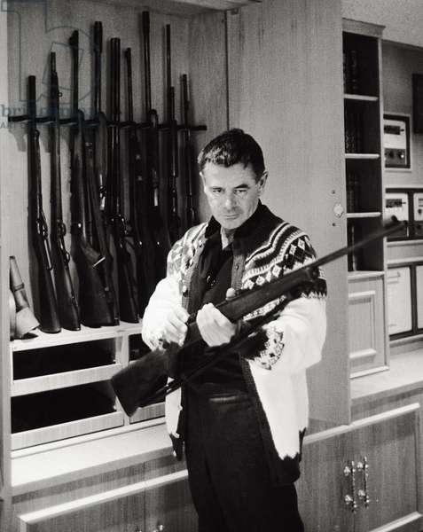 L'artista Glenn Ford (b/w photo)