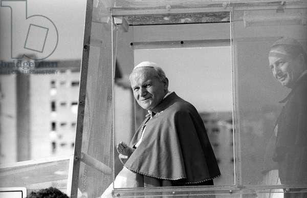 Pope John Paul II and Carlo Maria Martini greeting the crowd