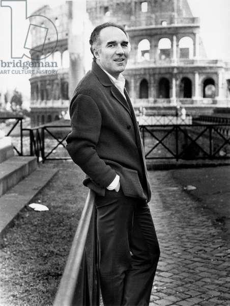 Michel Piccoli in front of the Colosseum