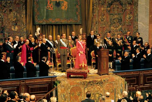 Juan Carlos of Bourbon swears allegiance to the constitution in front of the Cortes, Madrid, Spain