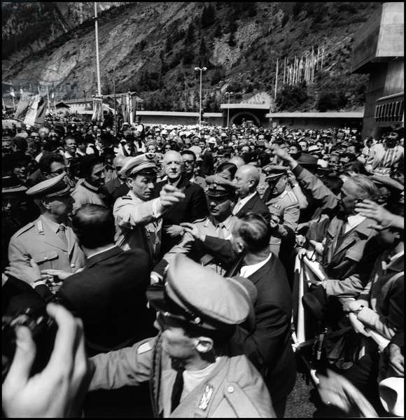 President of the French Republic Charles de Gaulle and President of the Italian Republic Giuseppe Saragat surrounded by the crowd during the Mount Blanc tunnel opening ceremony. Courmayeur, 16th July 1965 (b/w photo)