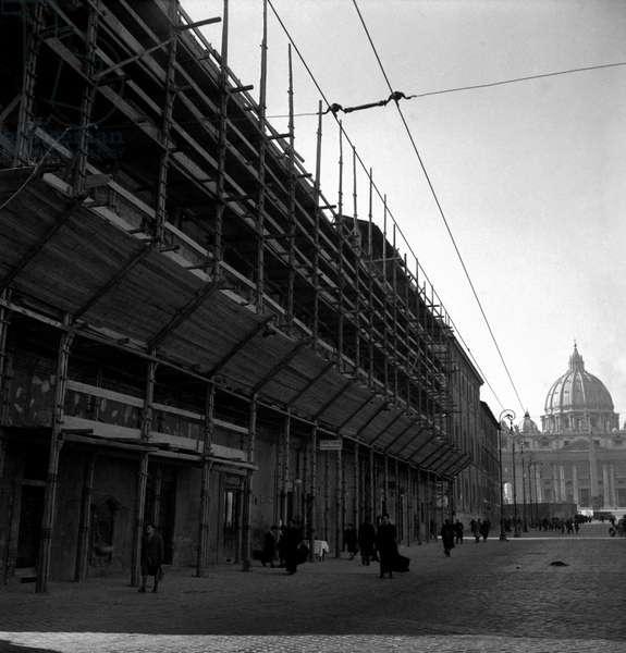 A scaffolding in via della Conciliazione in Rome, Rome, Italy
