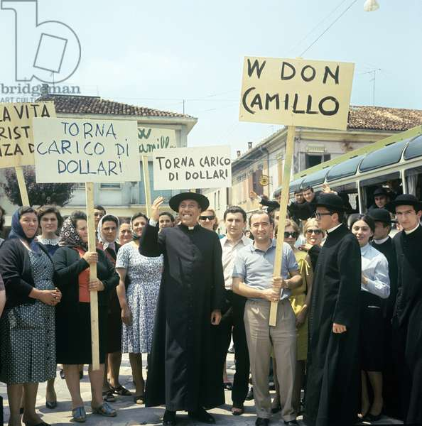 Fernandel in Don Camillo in Moscow (photo)