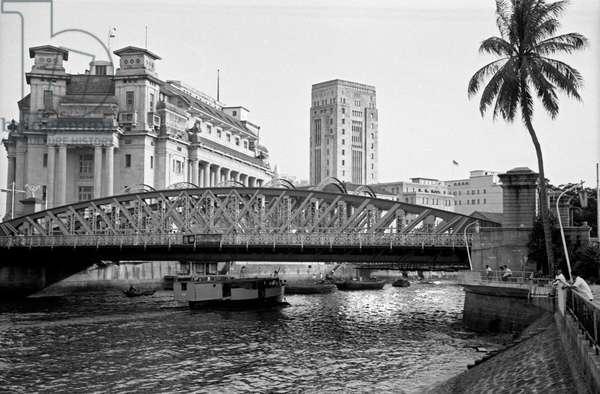 Bridge across the River Singapore, Singapore, 1962 (b/w photo)