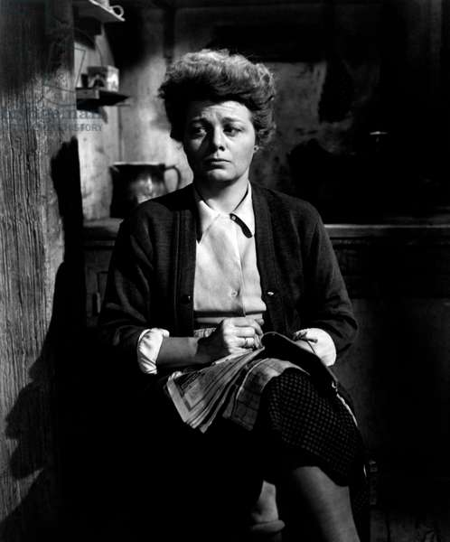 Shelley Winters in the role of Petronella Van Daan in Il The Diary of Anne Frank