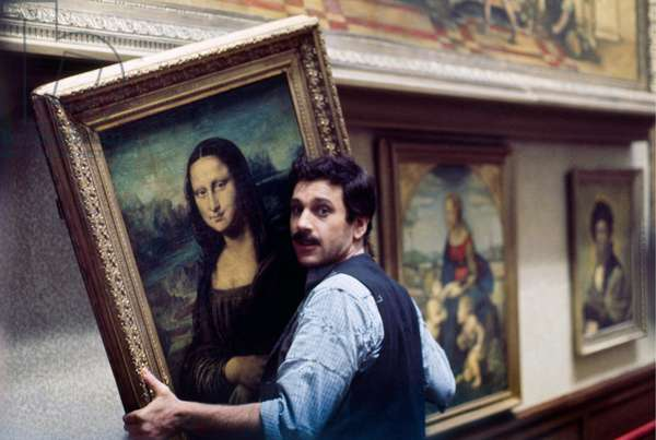 Enzo Cerusico in Il theft of Mona Lisa, Italy