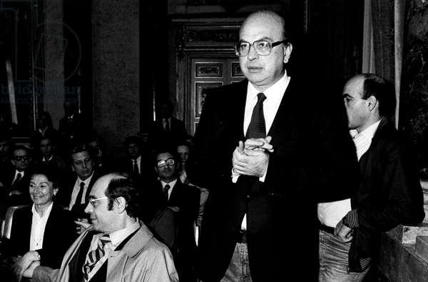 Bettino Craxi and Giorgio Santerini at a public meeting