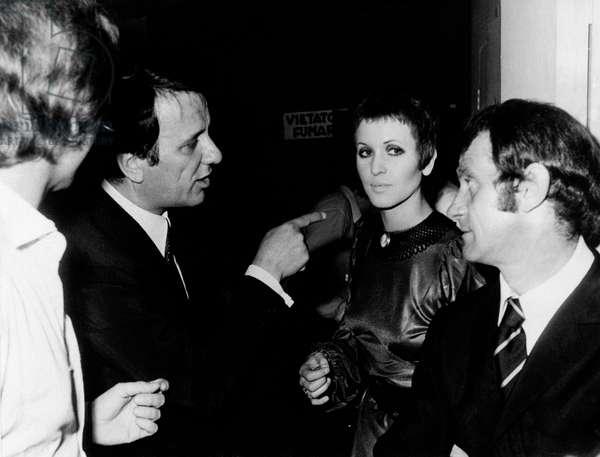 Sergio Bernardini pointing to Julie Driscoll beside Ray Martino