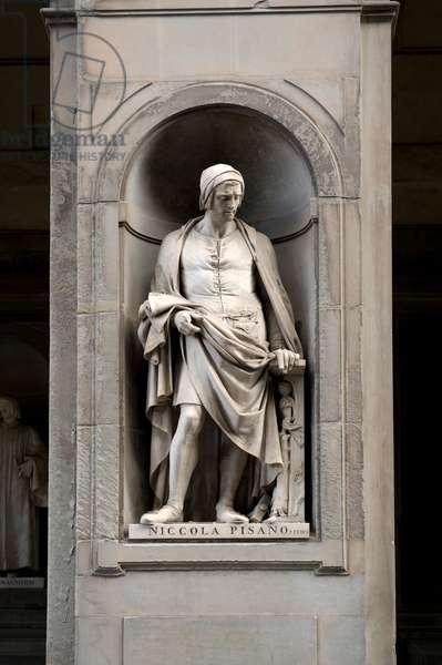 Statue of Nicola Pisano, 19th century