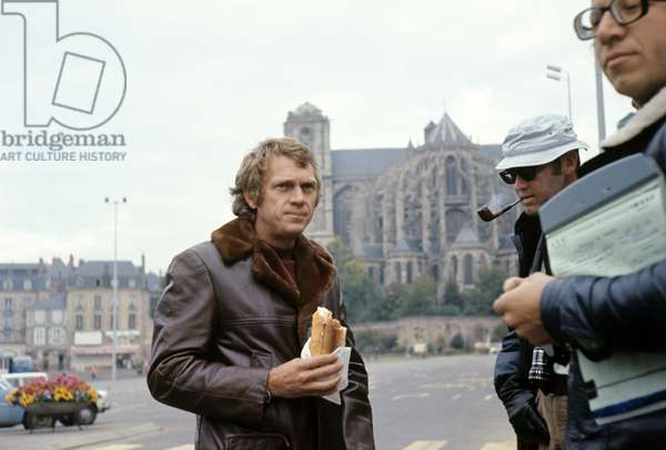 Steve McQueen on the set of Le Mans, 1971 (photo)