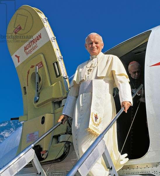 Pope John Paul II arriving at the airport of Innsbruk, Australia
