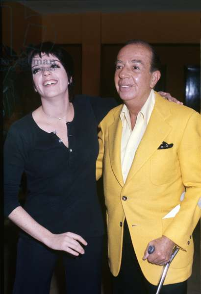 Liza Minnelli and her father Vincente posing (photo)
