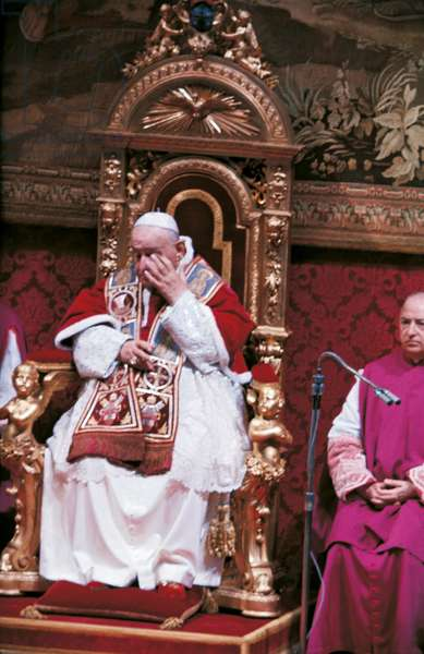 Pope John XXIII sitting on the papal throne