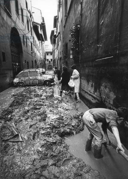 A street of Florence after the flood