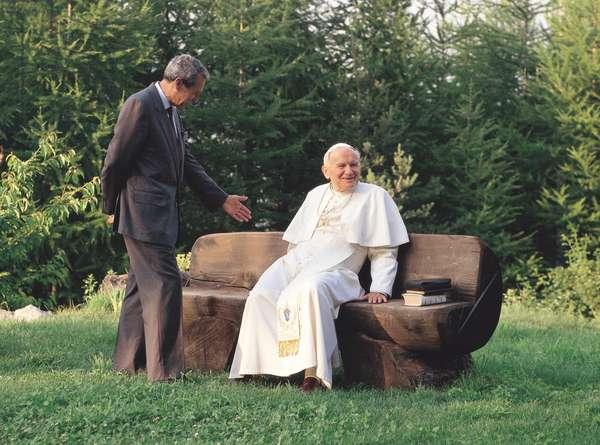 Joaquin Navarro-Valls and John Paul II, Italy, 1991 (photo)
