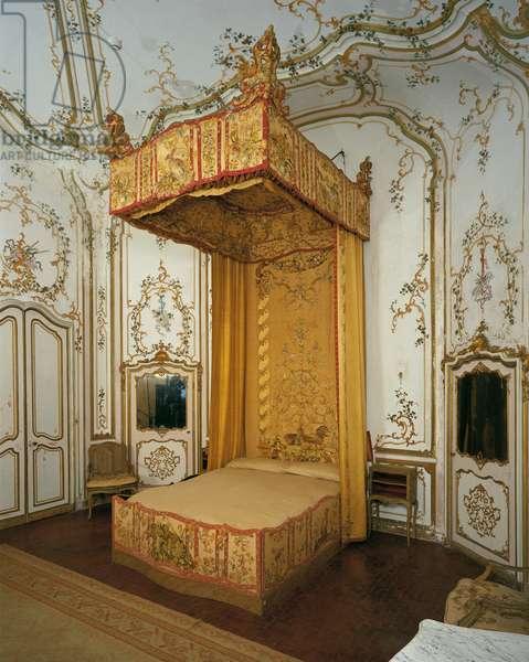 Imperial Bed à la Duchesse (Letto all'Imperiale à la Duchesse), by Genoese manufacture, 17th Century
