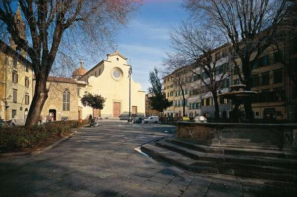 Santo Spirito Square in Florence (Piazza Santo Spirito a Firenze)