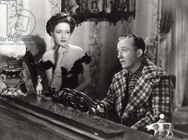 Dorothy Lamour and Bing Crosby in 'Road to Utopia', 1946 (b/w photo)