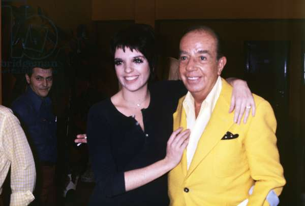 Liza Minnelli and her father Vincente smiling (photo)