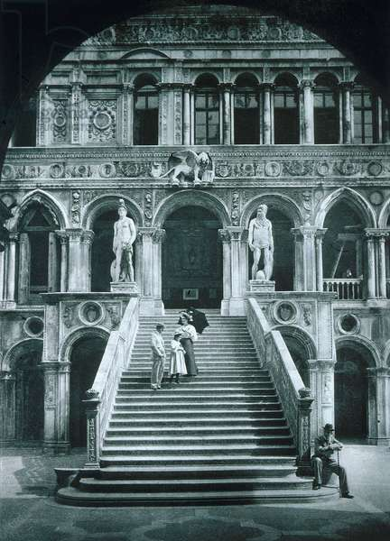 Scala dei Giganti and the Palazzo Ducale (b/w photo)