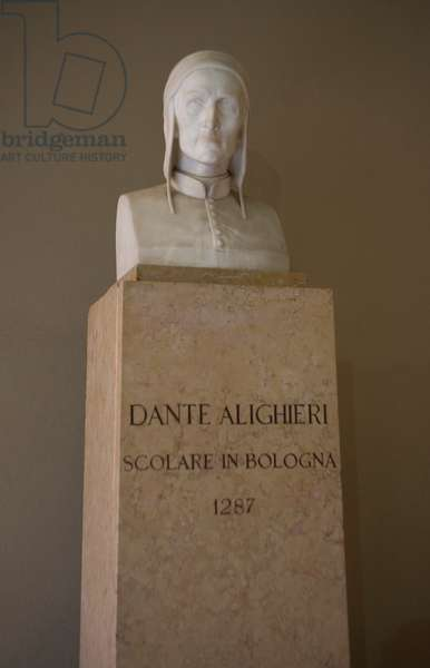 Bust of Dante Alighieri, Faculty of Literature and Philosophy, University of Bologna, Emilia Romagna, Italy (photo)