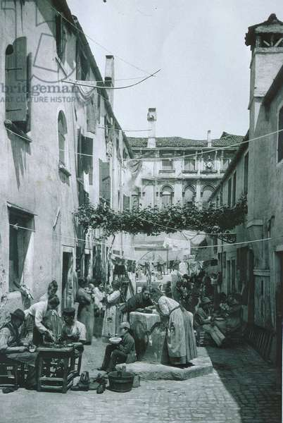Venice street scene (b/w photo)