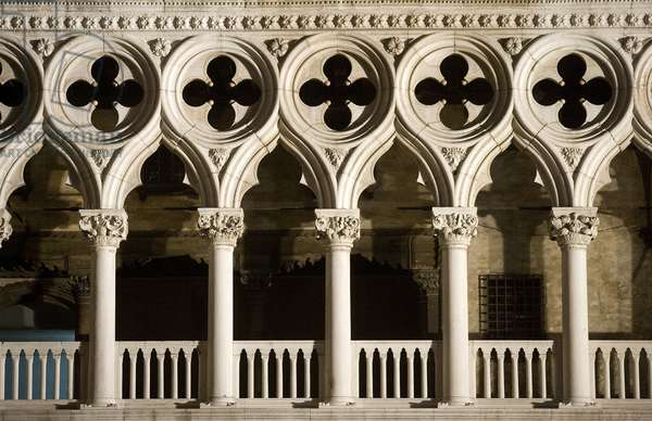 Detail of the Palazzo Ducale loggia, Venice, Italy (photo)