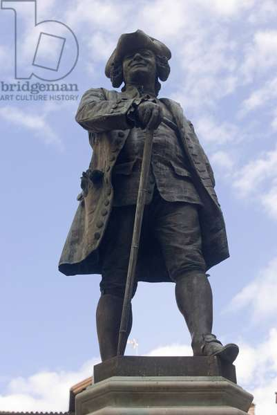 Monument to Carlo Osvaldo Goldoni (bronze)