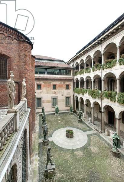 Spiriti Magni Courtyard at the Veneranda Biblioteca Ambrosiana