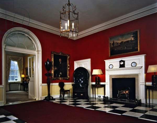 10 Downing Street Entrance Hall (photo)